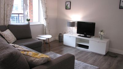 Photo for Lovely spacious newly-renovated in quiet city centre/IFSC complex