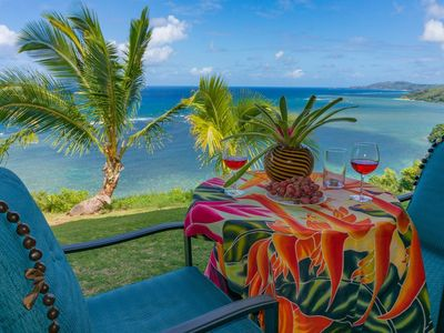 Photo for Sealodge J3-Spectacular unobstructed reef and white-water ocean views from cozy corner unit