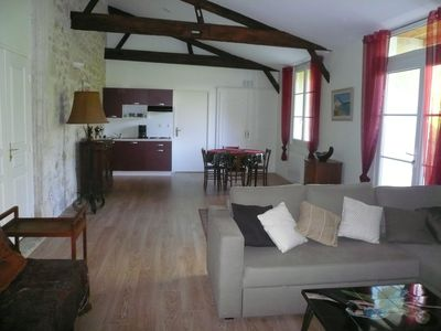 Photo for Gite in Master homes, indoor pool, garden, wifi near Bordeaux