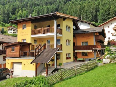 Photo for Apartment Gästehaus Bettina  in Bruck im Zillertal, Zillertal - 6 persons, 3 bedrooms