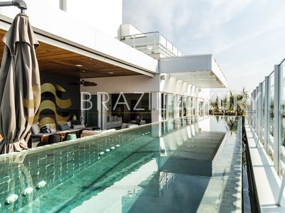 Photo for Luxurious 4 bedroooms penthouse in Jurerê Internacional