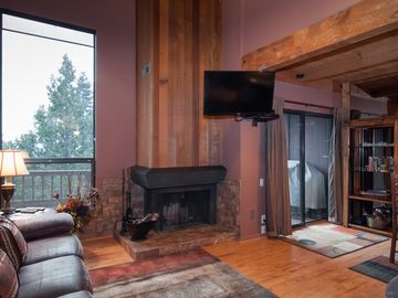 Lake Tahoe - Townhouse Complex on the lake. Private beach, pier, tennis, pool,