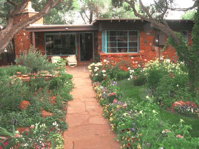 Photo for Sedona Historic Inn 3 Blks from Uptown, Kitchen, Private Jacuzzi, Wi-FI