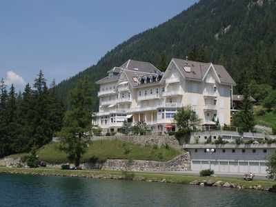 Photo for Bright apartment with views of the lake and mountains - Champex-Lac