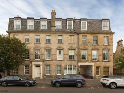 Photo for 4 Southgait Hall, St Andrews - Fabulous town centre apartment