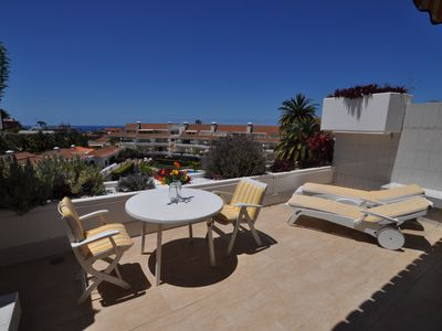 Photo for Quiet terrace apartment with stunning views