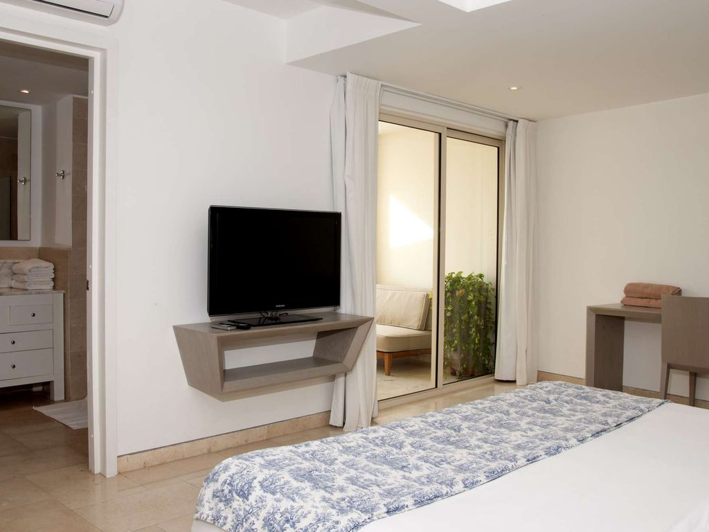 Modern 1 Bedroom in the Old City