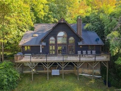 Perfect Mountain Escape. Minutes from Asheville!