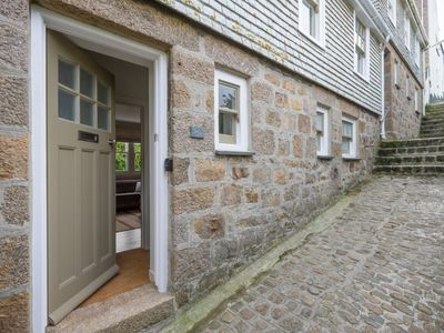 Photo for No 29: 3 bed, 3 bath traditional cottage, close to Porthmeor with great decor