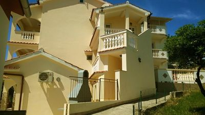 Photo for One bedroom apartment with balcony and sea view Lopar, Rab (A-14804-c)