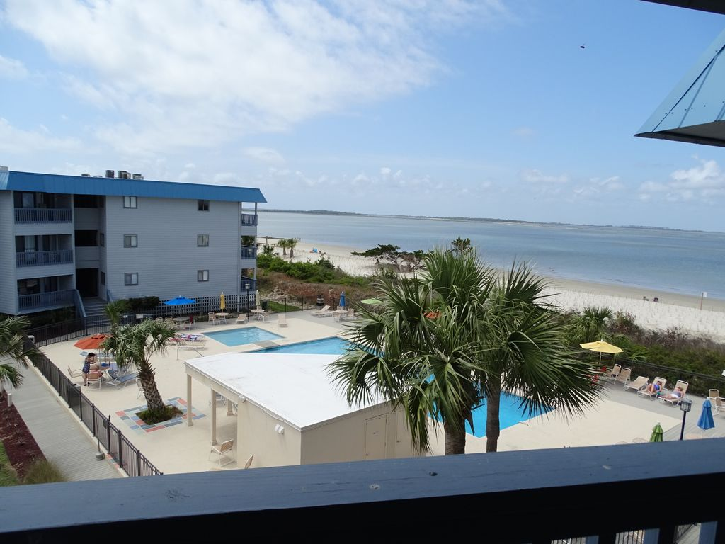 Waterfront Complex Top Floor Unit With Uno Homeaway
