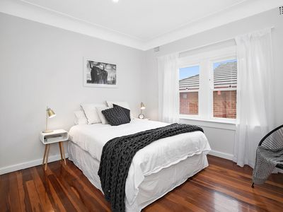 Photo for Light and fresh upper duplex with ocean glimpses close to Manly and Clontarf