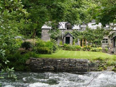 Photo for Dovey Valley Cottage, MACHYNLLETH