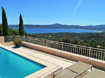 Photo for Sumptuous villa, exceptional view, spacious, swimming pool, Quiet, wifi