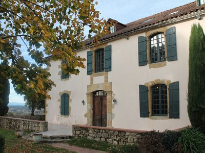 Photo for Family House Gers unobstructed view Pyrenees -10% SUR JUILLET