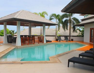 Photo for Luxury 3 bedroom villa with private pool close to child-friendly beach
