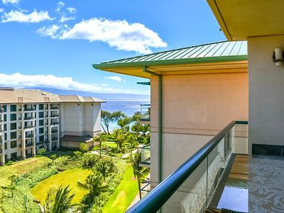 Photo for K B M Hawaii: Ocean Views, Hard Hat Specials 1 Bedroom, FREE car! Jul & Aug Specials From only $221!