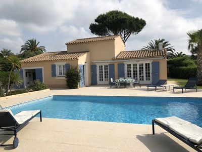 Photo for Beautiful renovated Provençal Villa with pool and private beach