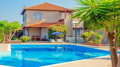 Photo for Villa with Private Pool, A/C in the desirable location of Agia Pelagia with Panoramic Sea Views!