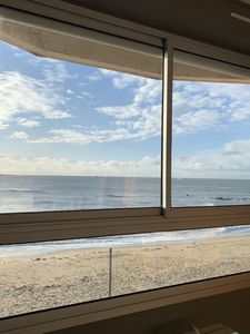 Photo for Apartment with magnificent SEA VIEW, refurbished, feet in the water