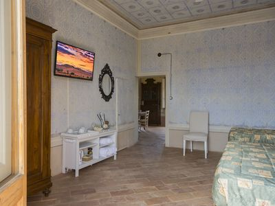 Photo for Triple room with balcony in Tuscan Villa