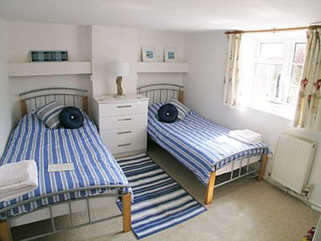 2 Bedroom Property In Brighton Rottingdean East Sussex Rentals And Resorts