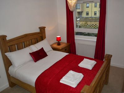 Photo for 2BR Apartment Vacation Rental in Edinburgh,