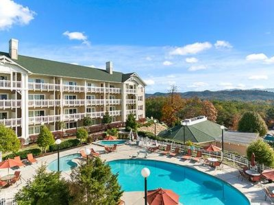 Photo for Spacious Townhome w/ Resort Indoor & Outdoor Pools, 3 Hot Tubs, WiFi & More!
