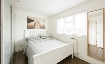 Photo for 1BR Apartment Vacation Rental in Edgware, England
