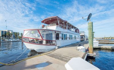 Photo for NOT YOUR TYPICAL HOUSEBOAT: 60 FEET OF LUXURY