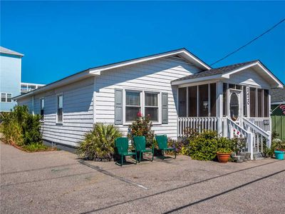 Photo for A Second Wind: 3 BR / 2 BA house in Carolina Beach, Sleeps 8