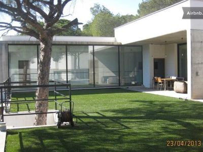Photo for Godella: Great big house in Valencia. Modern, with garden, in residential area