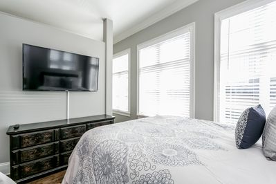 """ALL bedrooms have a 55"""" Samsung TV! And check out this huge modern wrap-closet!"""