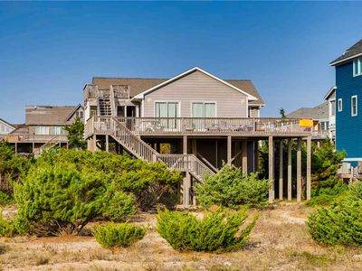 Great for Families! Oceanfront, Salvo- Hot Tub, Home Theater System, Great Views