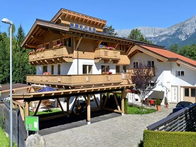 Photo for Cosy apartment in welcoming Ellmau near ski lift and centre