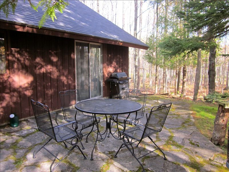 Cozy cabin in the woods between fish creek and ephraim for Fishing cabin rentals wisconsin