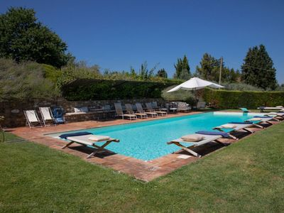 Photo for Apartment with pool in typical wonderful Tuscany house
