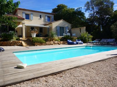 Photo for SUPERB VILLA IN THE GULF OF ST TROPEZ VERY NICE SPACE SWIMMING POOL SEA ON FOOT