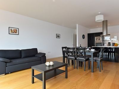 Photo for Apartment America in London South Bank - 4 persons, 2 bedrooms