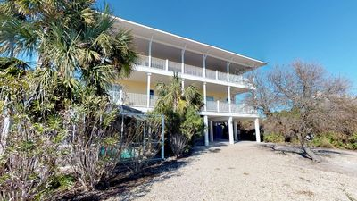 "Photo for Ready Now- No Storm Issues! FREE BEACH GEAR! Plantation, Pool, Hot Tub, Elevator, 6BR/5.5BA ""Amore Di Sole"""