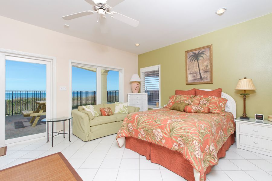 Upscale Luxury; Home, Right On The Beach!! With 2 Car Garage
