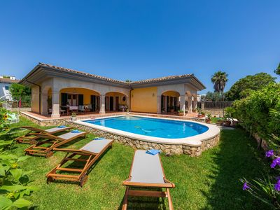 """Photo for Beautiful Holiday Home """"Ca Na Rosa"""" close to the Beach with Wi-Fi, Air Conditioning, Terrace, Garden & Pool; Parking Available"""