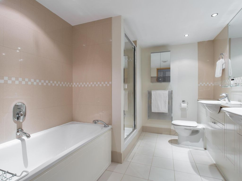 Milmans Street - luxury 2 bedrooms serviced apartment - Travel Keys
