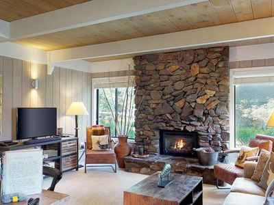 Photo for NEW LISTING! Cozy alpine retreat in the aspen w/access to shared pool & hot tub!