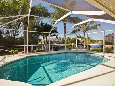 Photo for Dream holidays with heated pool and canal with access to the Gulf for 6 people