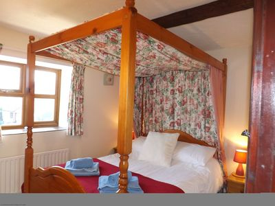 Lydden's four poster bedroom