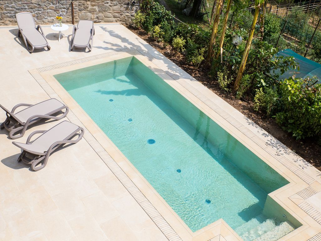 Villa Rossa: Villa with private swimming pool in the heart of ...