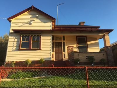 Photo for Ballarat Short Stays - Sovereign Cottage