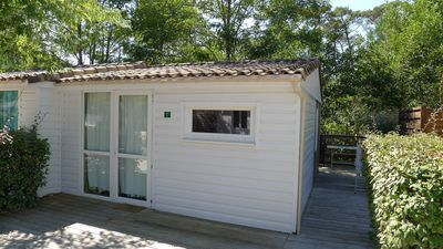 Photo for Wood bungalow in the heart of the Bassin d'Arcachon.