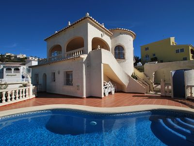 Photo for Lovely holiday home with wonderful panoramic views and private pool